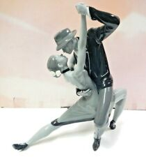 Passionate Tango -Noir- Limited Woman And Male Dancing Figurine By Lladro #9140