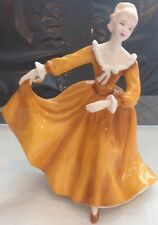 Royal Doulton Pretty Ladies Kirsty Figurine Hn 4783 England, Perfect Condition