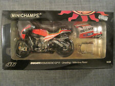 Minichamps Valentino Rossi Ducati Desmosedici GP11 - Enthüllung-122110846