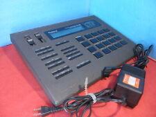 Roland R-8 Human Rhythm Composer Drum Machine MIJ Tested w/ Power Supply AC100V