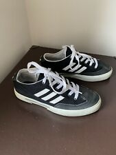 Adidas Classic Black 3 Stripe Sneakers Size 4 Immaculate