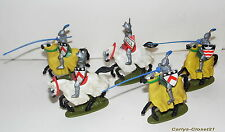 BRITAINS Herald * 5 Vintage Britains Plastic Mounted Knights *