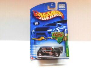 Hot Wheels 1/64 Treasure Hunt - Mini Cooper 2002 - w / Real Riders  &  Red Lines