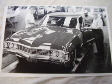 1967 CHEVROLET IMPALA ON ASSEMBLY LINE  11 X 17  PHOTO  PICTURE