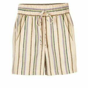 CAbi Vacation Shorts Style 5812 Spring 2020 New Release Medium M NEW SOLD OUT