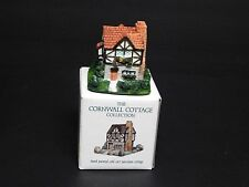 """1991 The Cornwall Cottage Collection """"Welcome Inn"""" 2.75"""" Tall Ino"""