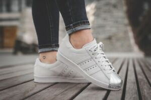 ADIDAS | Womens Superstar Metal Toe Sneakers Shoes [ EUR 41.5 or US 9 / UK 7.5 ]