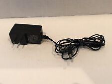 MediaLink Tea09U-09100 9V 1.0A Switching Power Adaptor (C1)