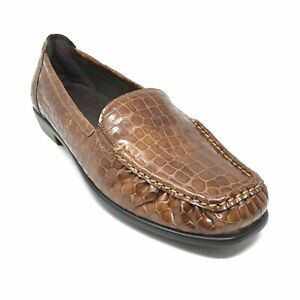 Women's NEW SAS Simplify Loafers Shoes Size 9 W Wide Bronze Patent Leather Croc
