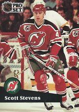 Scott Stevens 1992 NHL Pro Set French Trading Card #423 New Jersey Devils