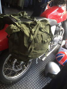 1 PAIR USED GREEN MOTORCYCLE PANNIERS HEAVY DUTY CANVAS GRADE 1 CONDITION