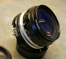 Beautiful Mint Nikon Nikkor-h.c Auto 28mm f3.5 AI wide angle lens