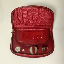 Nécessaire de couture en simili cuir rouge, NEUF en provenance d'un ancien stock