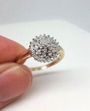 Diamond Cluster anillo de oro amarillo de 9ct (1566)