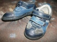 Clarks Boys Blue Trainers Size 6 infant