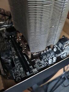 Gigabyte GA-H110M-S2H Core i5-6500 3.2Ghz Motherboard Bundle