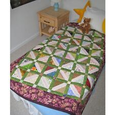 Scrap Therapy CHARMING BUDS Quilt Design and Instructions ST-205