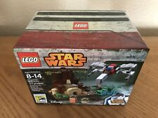 LEGO 2015 SDCC Star Wars Dagobah Mini-Build 0894/1000 with R2-D2 Minifigure.