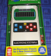 ELECTRONIC FOOTBALL  Electronic Handheld Travel Game Year 2014 New In Package
