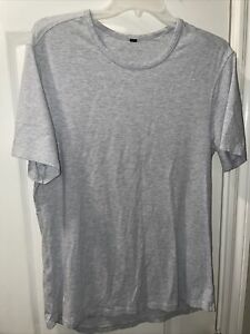 Lululemon Mens 5 Year Basic Tee Shirt Crew Gray Size Medium.
