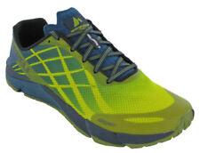 Scarpe sportive leggeri gialli di gomma