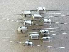 4 condensateurs styroflex 3300pF 3,3nF 63V 2% axial