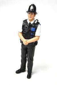 UK Police Men - One Figurine - 1:18 Scale - American Diorama