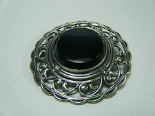 VINTAGE STERLING PIERCED WORK SETTING BLACK STONE PIN