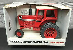 Vintage Ertl International Harvester IH 1566 Tractor w/Duals Made in USA!!