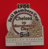 Danbury Pin Badge Chelsea FC Football Club v Man City Full Members Cup 1986