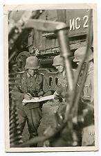 """Photo-AK Offiziere im Kampf"""", Spähtrupp auf Schienen Helm Orden Russland  1943"""