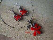 Parure fleur rouge FAIT MAIN, collier, boucles d'oreilles,fil alu gris, MARIAGE