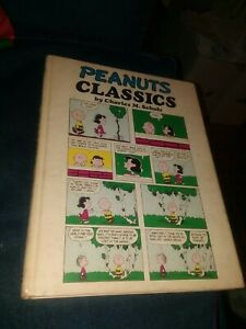 PEANUTS CLASSICS 1970 HC HARDCOVER CHARLES M SCHULZ 1ST EDITION CHARLIE BROWN