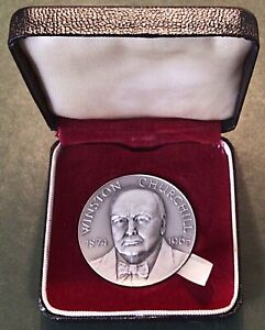 Sir Winston Churchill 1874-1965 Silver Medal By John Pinches. 38mm, 34 grams.