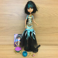 Monster High Ghouls Rule Cleo De Nile Halloween Muñeco de Momia