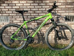 Cannondale Trail 4 27.5 MOUNTAIN BIKE 27 Speed Large Frame w/ Rockshox Nice!!