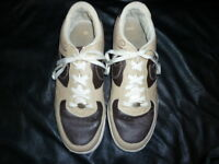 Men's Nike Air Vintage Limited Production Sneaker Brown/Cream Size 12