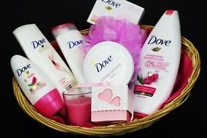 Mothers Day Gift Hamper Pamper Dove Bath Set Body Care & Sweets Mother's Day Mum