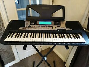 Yamaha PSR 550  Keyboard excellent condition international shipping
