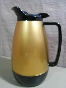 West Bend Thermo-Serv Insulated Coffee Carafe Pitcher 32 Oz.