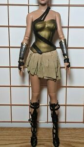 """Wonder Woman Training Armor Outfit RTB101 Claire Grace Tonner 16"""" (no doll)"""