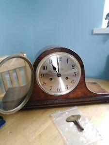 1930s 8 Day Striking Napoleon Hat Mantel Clock Oak Case Working with Key