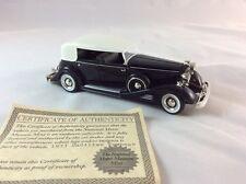 1933 Cadillac Fleetwood Black Signature Models 32302 1/32 Scale Diecast Car