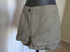 NEW H&M SIZE 6/US-EUR/36 SANDY BROWN CUFFED W/ SIDE BUTTON CASUAL/DRESSY SHORTS