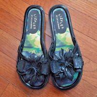 LizFlex Liz Claiborne Black Flower Sandals Size 6