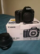 Canon EOS 30D 8.2MP Digital SLR Camera - Black (Kit w/ EF-S 18-55mm Lens)