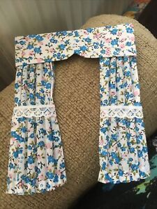 Pretty 1/12 Scale Dolls Curtains - White With Turquoise Floral