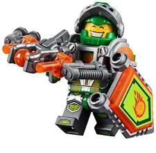 New LEGO Nexo Knights Aaron Fox original minifigure w/ weapon