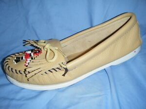 Minnetonka Shoes Beaded Moccasins Gold Leather Red Bird Flat Fringe Boat Deck