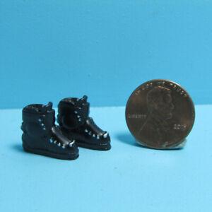Dollhouse Miniature Sport Winter Downhill Ski Boots in Black MUL624